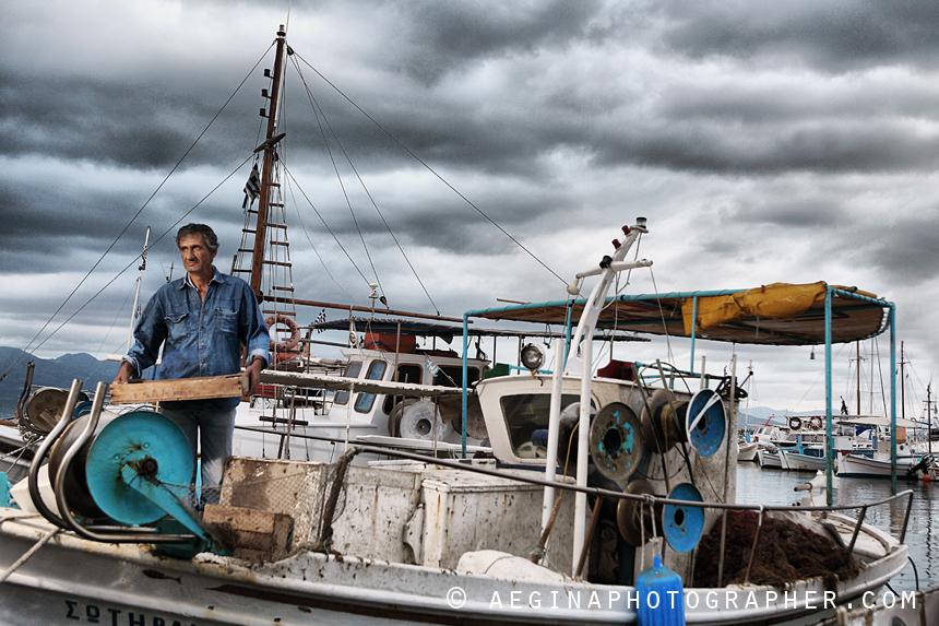 Ψαράς για το Saronic Magazine