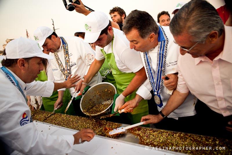 Aegina Fistiki Fest 2011 - Φωτογραφίες & Βίντεο για το ρεκόρ Guinness
