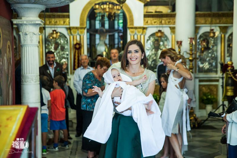 Βάπτιση στην Αγία Αικατερίνη Πλάκας